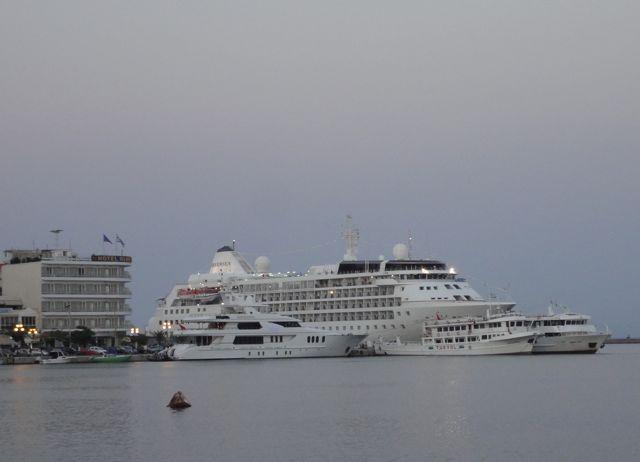 Cruise ships, Mytilini